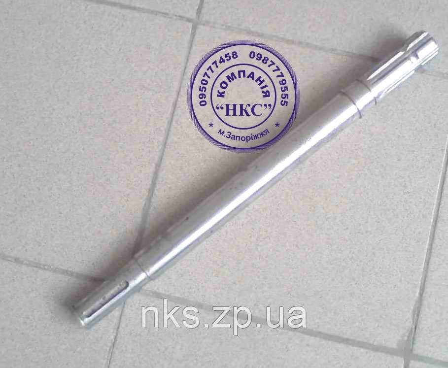 Вал головки приводной (шлицевой) Z-169