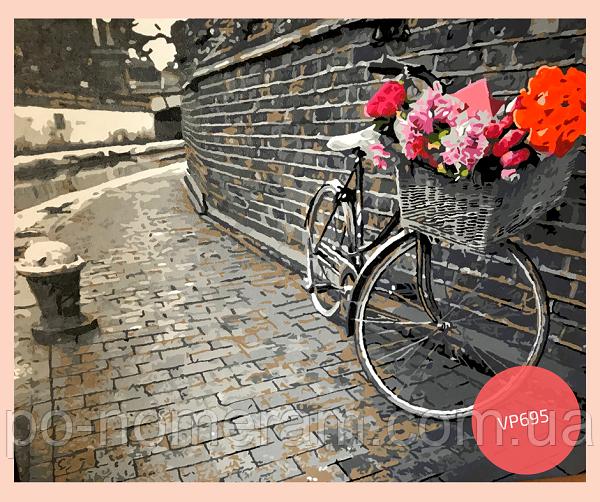 черно-белая картина велосипед и букет