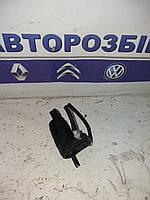 Моторчик бачка омывателя 2 выхода 1 выход Volkswagen Caddy 04-09 Фольксваген Кадди Кадді