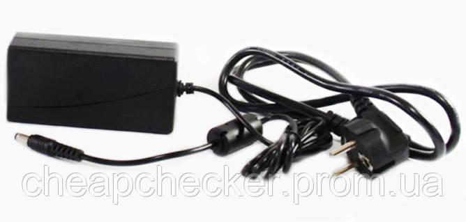 Зарядное Устройство 12 V 3 A Адаптер