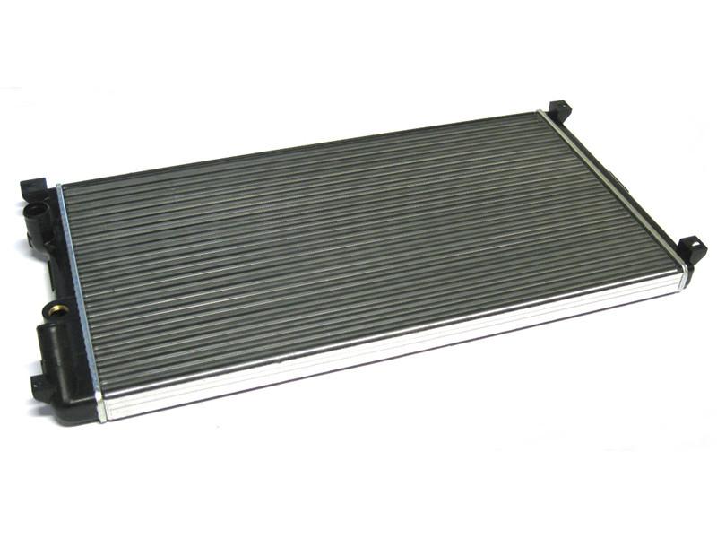 Радиатор Основной  Renault Master 1,9 2,8 DTI 2,2 DCI