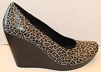 Женские туфли кожаные на высокой танкетке, кожаные женские туфли от производителя модель НИК200