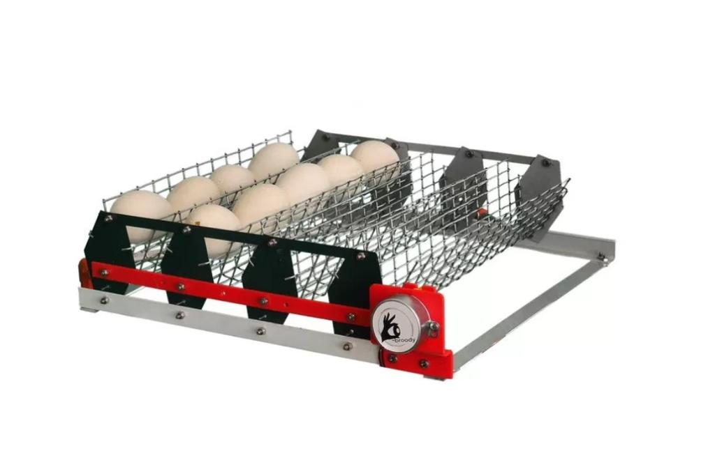 Автоматический лоток переворота яиц Simpo WaterPlus 28 (емкостью 28 гусиных/40 утиных), выполнены из окрашенно