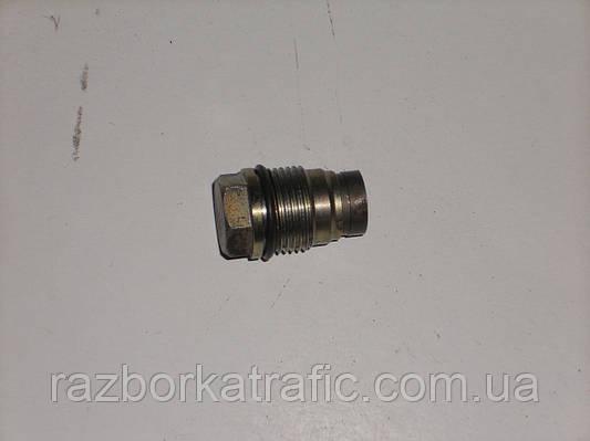 Клапан ограничения давления топлива 2,5 на Renault Trafic, Opel Vivaro, Nissan Primastar