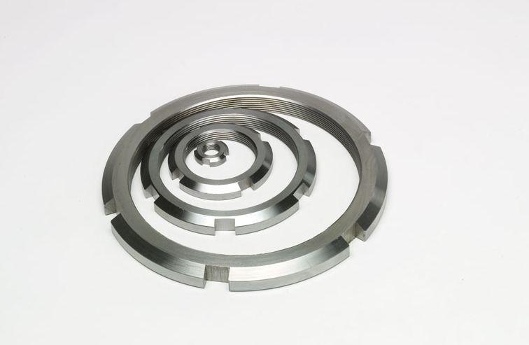 Гайка круглая шлицевая из нержавейки М40х1,5 DIN 981, ГОСТ 11871-88