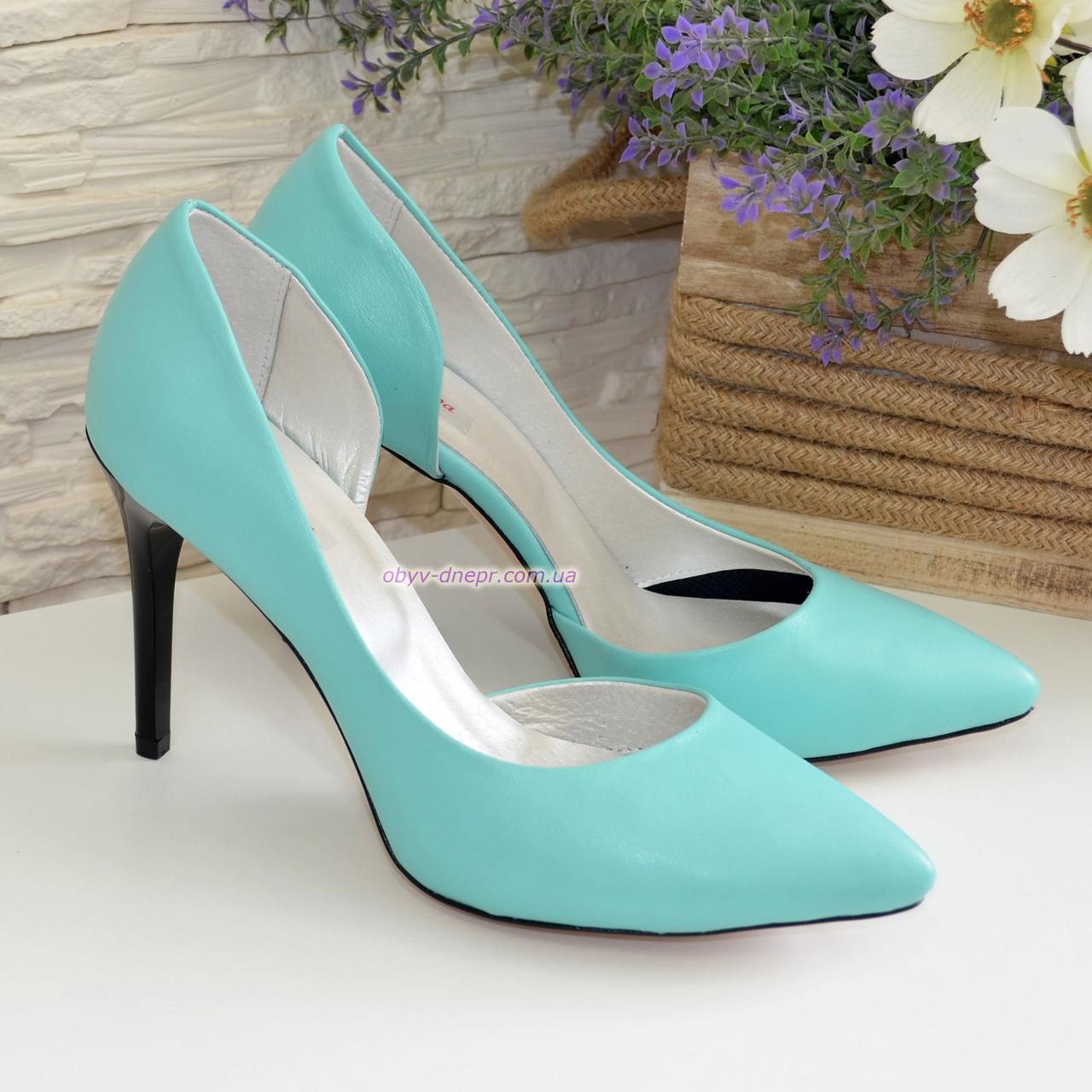 Женские кожаные туфли на шпильке, цвет мята
