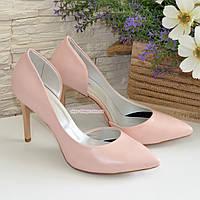 Женские кожаные туфли на шпильке, цвет пудра