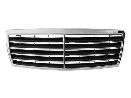 Решетка радиатора  Mercedes W202 C-klasa 93-01, фото 2