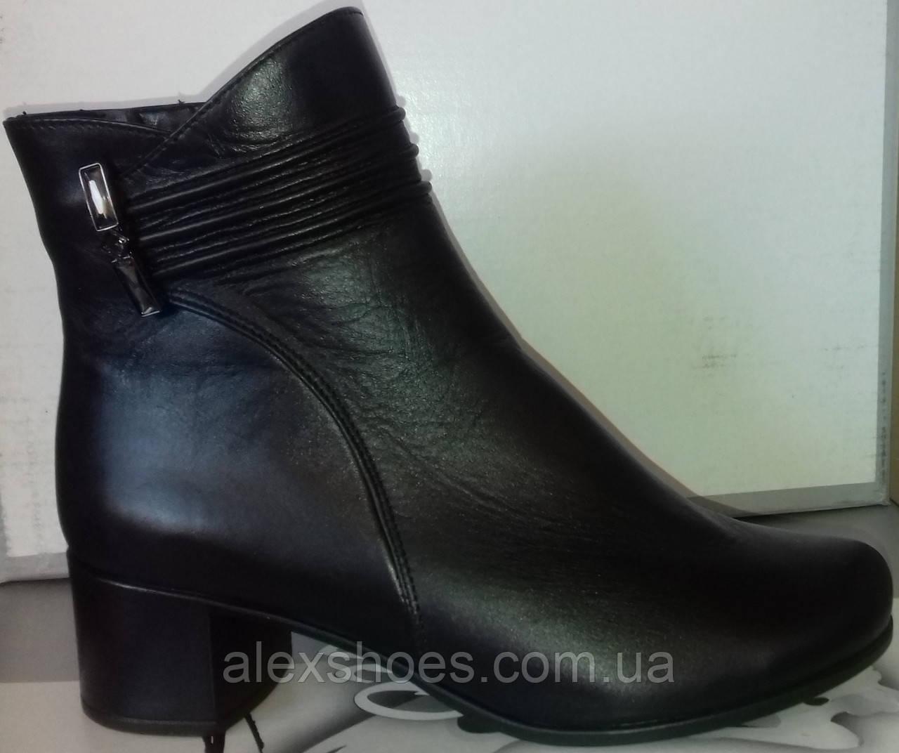 Ботинки демисезонные на устойчивом каблуке из натуральной кожи от производителя модель СВ225-1
