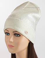 Удлиненная шапка для женщин с логотипом Gucci белая с жемчужным напылением