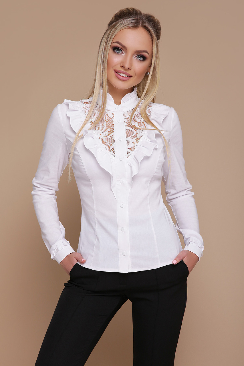Нарядна біла блуза з бенгаліну та гипюру