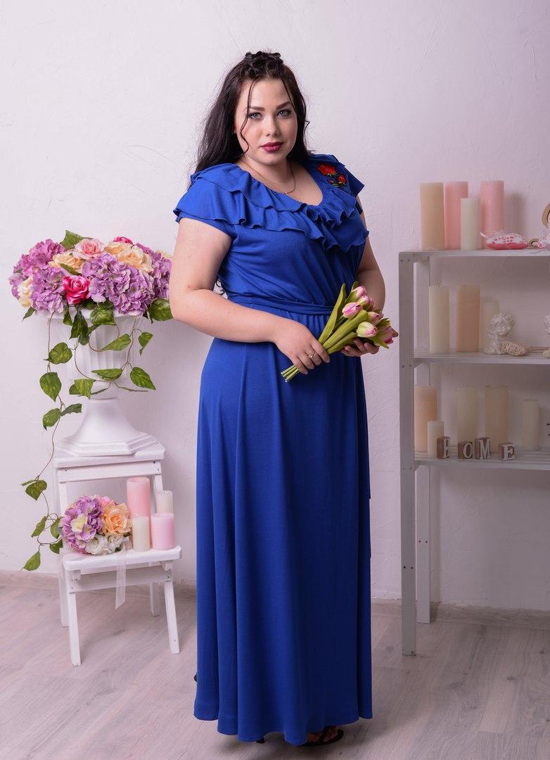 Приталенное платье в пол большого размера x-ta1051369