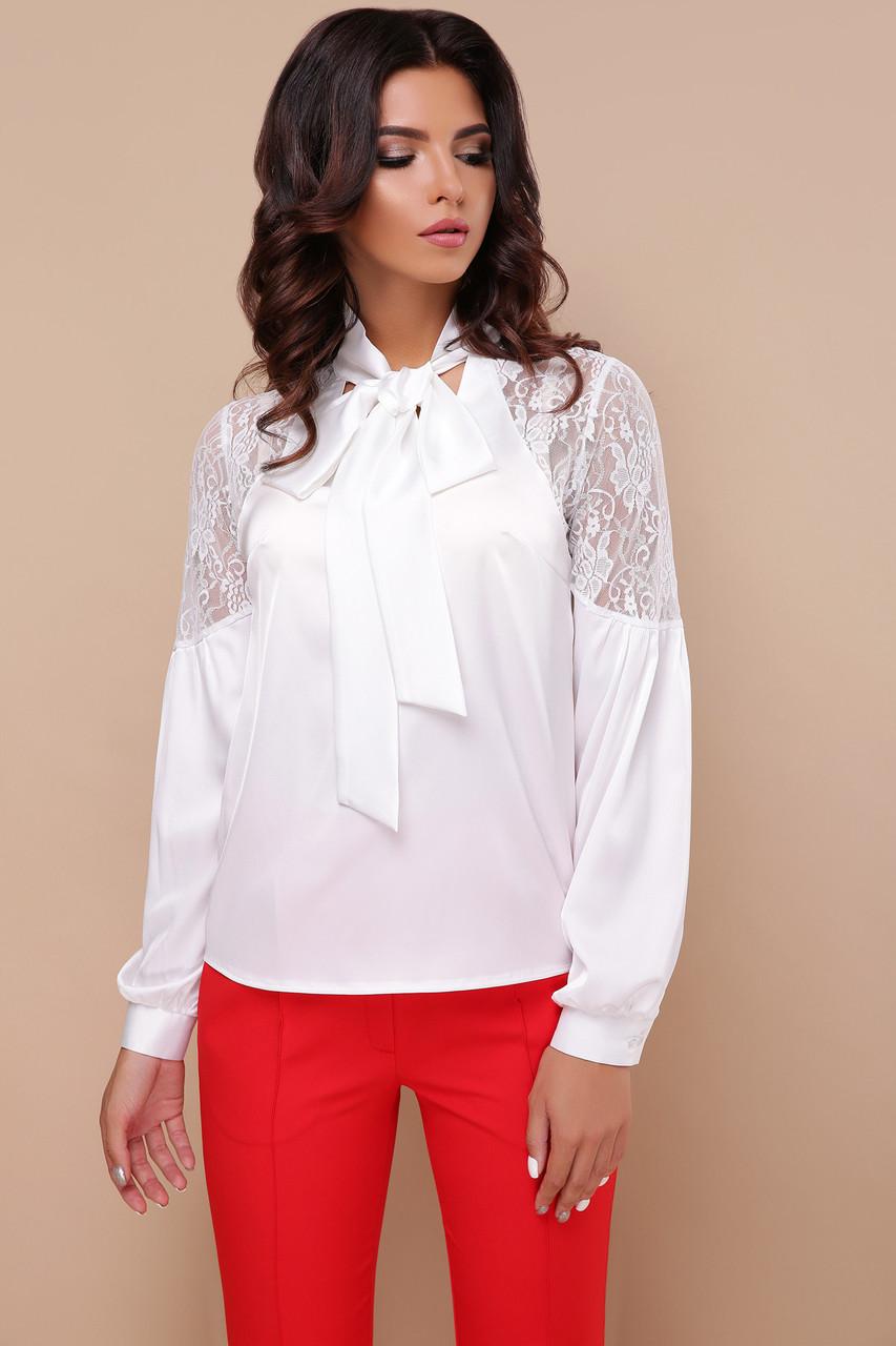 Біла нарядна блузка з шовку та гипюру