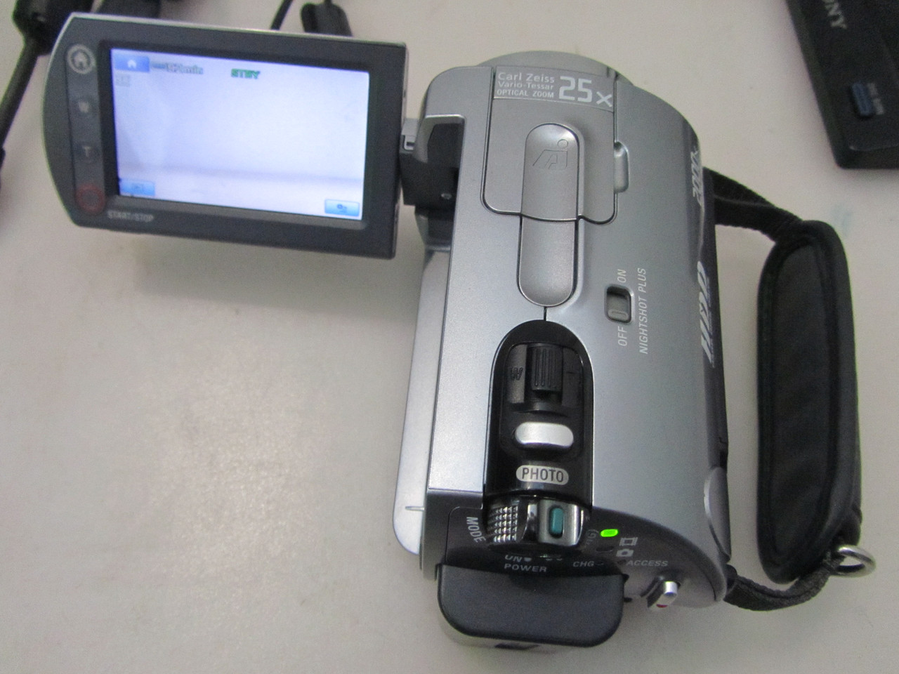 Видеокамера Sony DCR-SR82 60 GB эксклюзив
