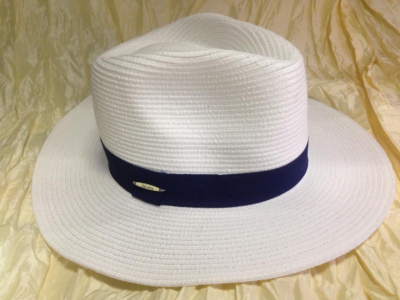 Шляпа мужская белая с синей лентой