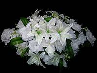Украшение свадебных машин лилии и розы