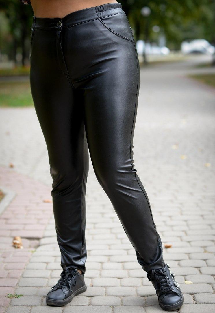 Женские кожаные брюки большого размера на меху 10ba196