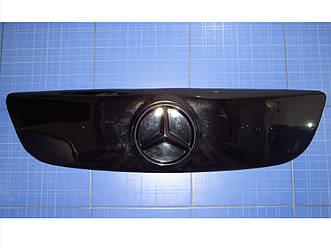 Зимняя заглушка решётки радиатора Мерседес Спринтер верх с 2006 глянец Fly. Утеплитель решётки Mercedes