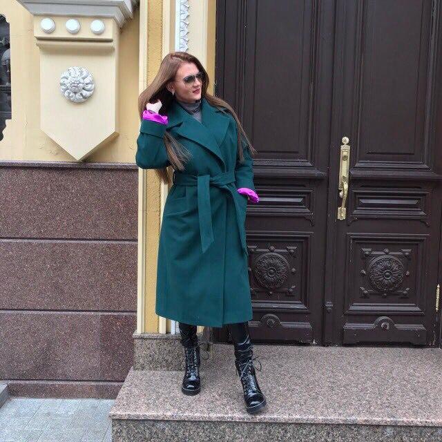 Женское теплое пальто на утеплителе классического кроя 58pt49