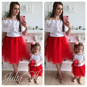 Одежда мама и дочка верх с открытыми плечами и воланом и фатиновая юбка 28md04