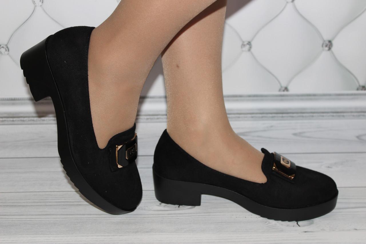 Женские туфли черного цвета
