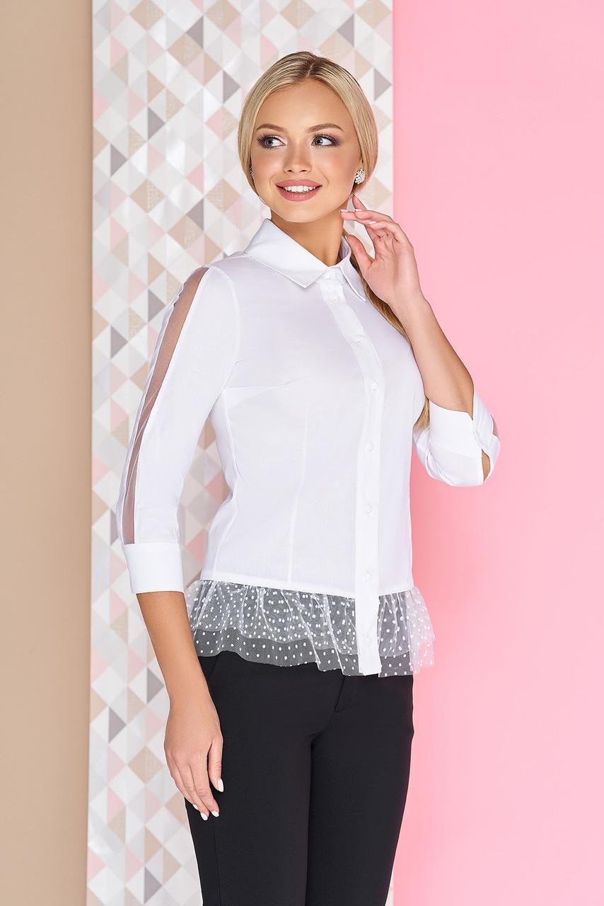 Нарядная белая блуза с баской на пуговицах