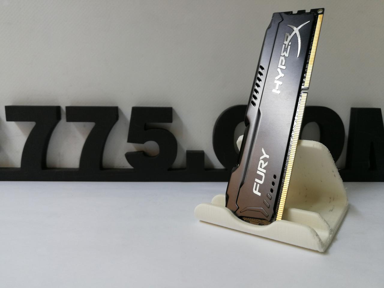 Оперативная память DDR3 Kingston HyperX Fury 4GB