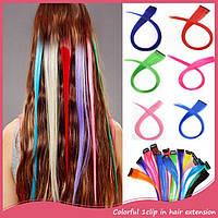 Цветная прядь искусственных волос на заколке 50 см