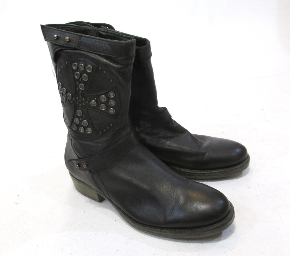Сапожки кожаные Lavarazione, 39 (26 см), черные, Эксклюзивные! Как Нов