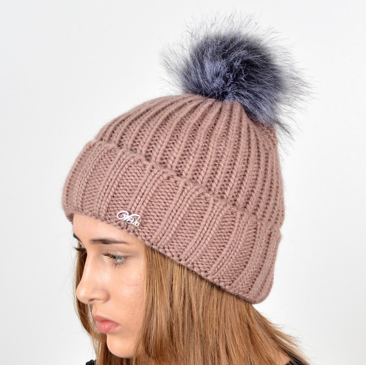 """Вязаная женская шапка """"Emma"""" с меховым помпоном"""
