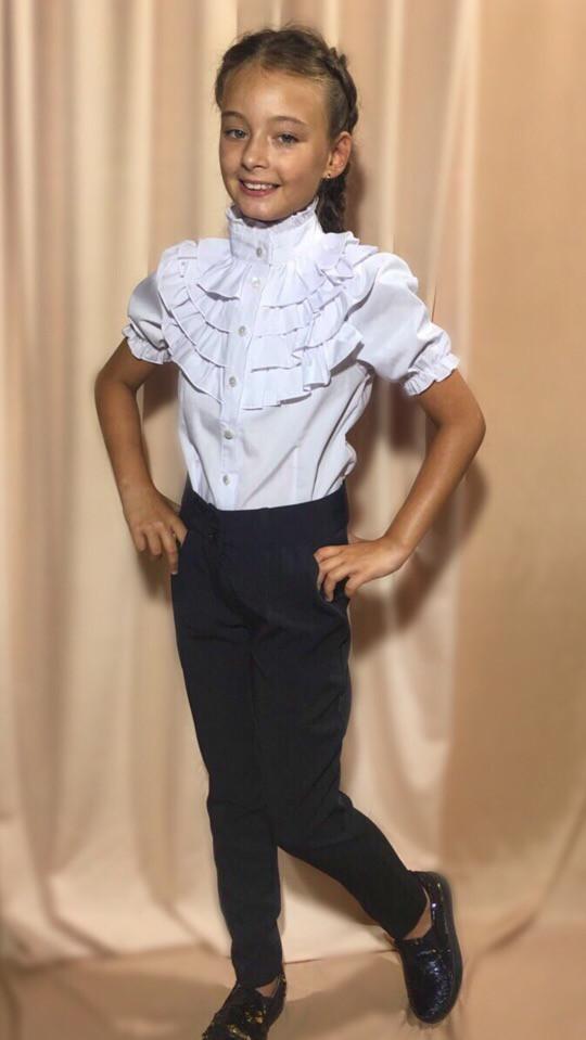 5ab29d83939 Нарядная белая блузка для девочки с рюшами арт 6467-442 - МОДНАЯ ВОЛНА -  Оптово