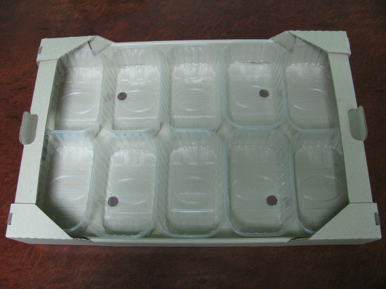 Гофролоток  для ягод на 10 пинеток по 250 г. ягоды