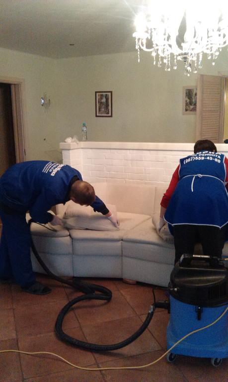 Химчистка ковралина и мебели от компании Евроуборка