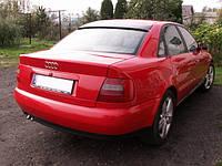Бленда козырек спойлер заднего стекла Audi A4 B5