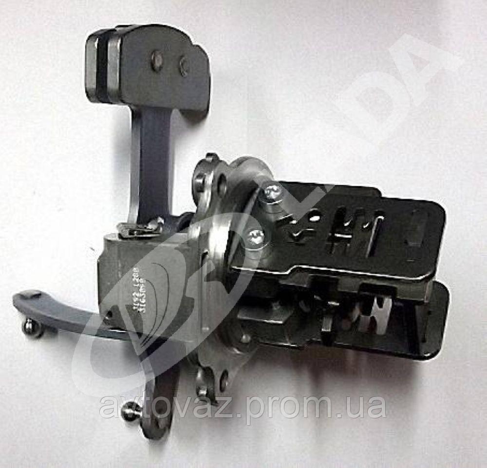 Механизм выбора передач ВАЗ 2190 Гранта (2181)