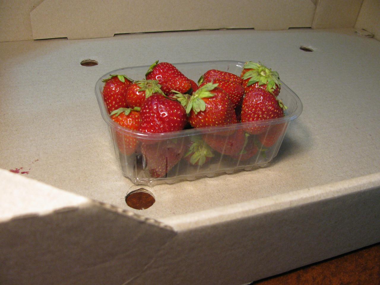 Пинетка для ягод на 250 г.