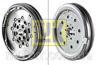 Двухмассовый маховик VW T5 1.9TDI 03- LUK 415 0250 10