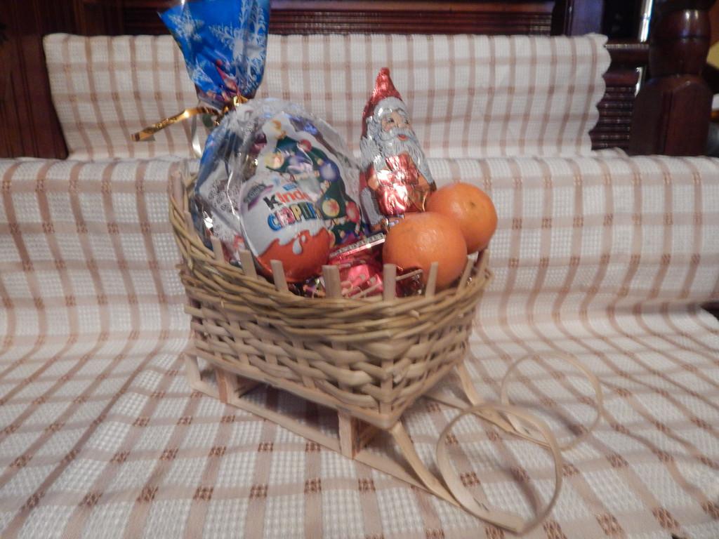 Подарочные корзинки ко дню св. Николая, Рождества, Нового Года