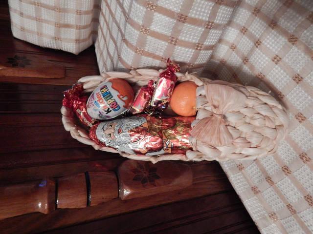 Подарочные корзинки ко дню св. Николая, Рождества, Нового Года -1