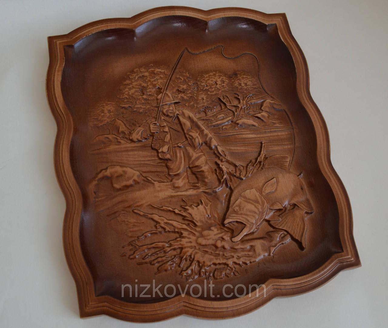 """Резьба по дереву - резная картина из дерева """"Рыбак"""" (255х305х18), фото 1"""