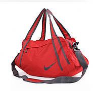 Спортивная вместительная сумка c репликой