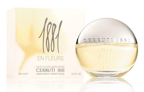 Женская туалетная вода Cerruti 1881 En Fleurs (красивый и игривый, светящийся аромат)  копия