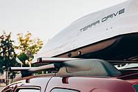 Автомобильный бокс TERRA DRIVE 440л белый глянец двухсторон. открытие Центр.трехригельный замок ()