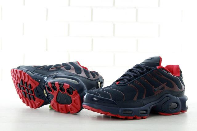 Nike Air Max Tn Plus Black Red