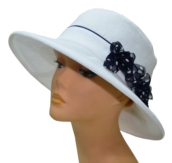 Шляпа женская Мечта белая с синими цветы