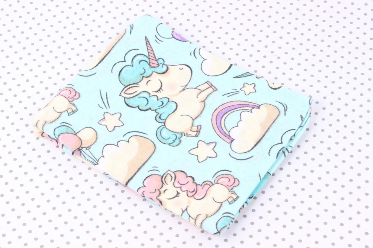 Фланелевая пеленка Единороги на голубом