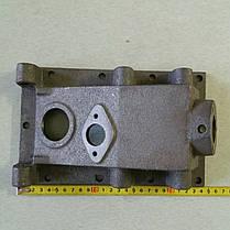 Крышка верхняя корпуса КПП (2 отверстия) КПП/6 180N/190N/195N, фото 3
