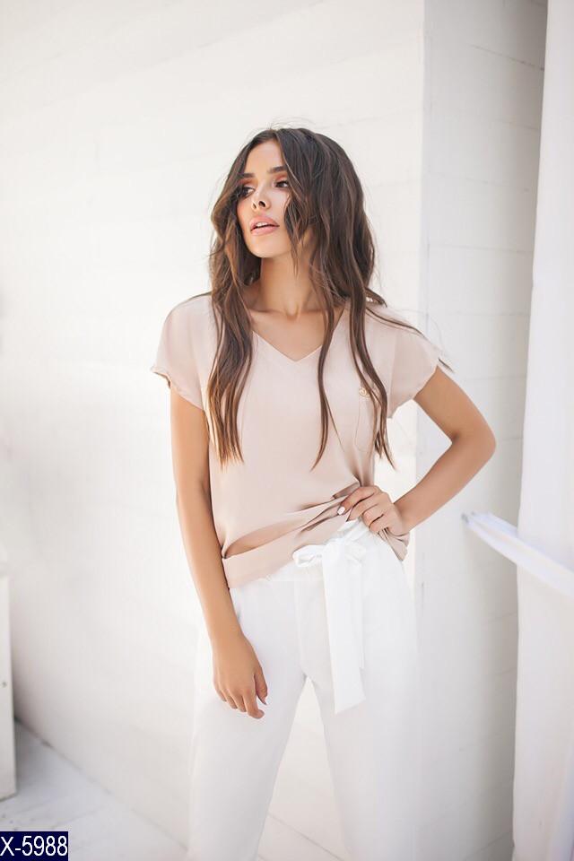 Бежевая блузка