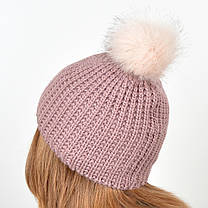 """Вязаная женская шапка """"Kelly"""" с меховым помпоном, фото 3"""