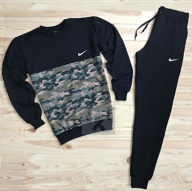 Спортивный костюм Nike черного цвета хаки